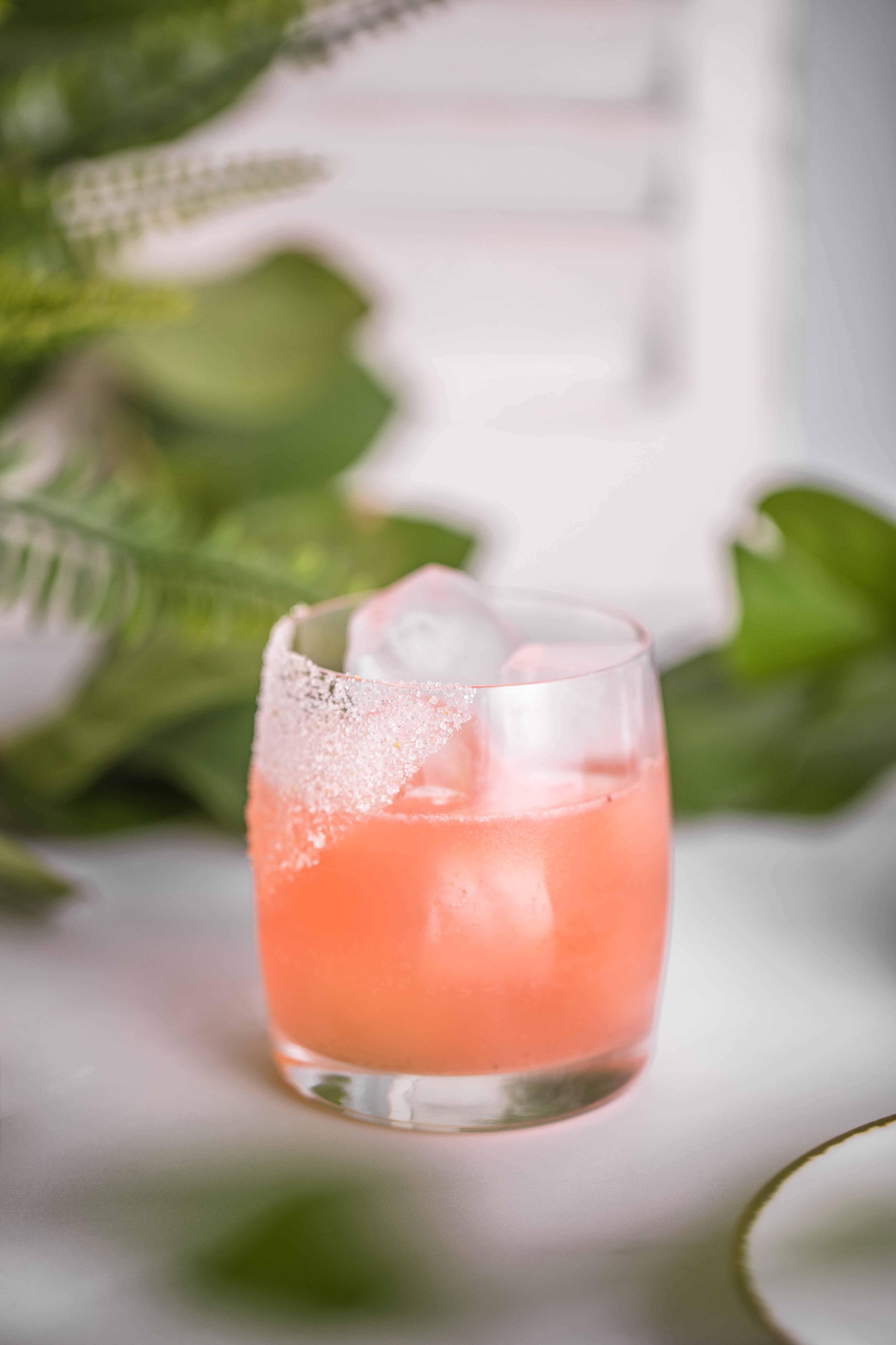 Llamame Fresa – Strawberry Tequila & Campari Cocktail